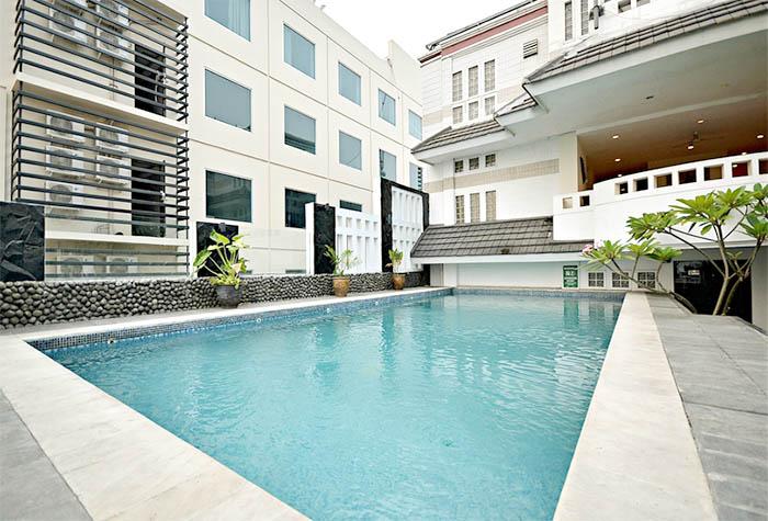 Take's Mansion & Hotel Jakarta