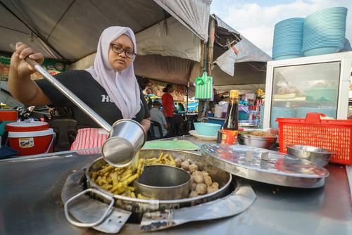 Wisata Kuliner Pecenongan di Jakarta