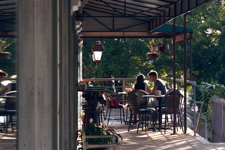5 Restoran Romantis di Jakarta Pusat: Ciptakan Momen Spesial